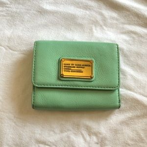 Marc Jacobs Classic Q Leather Trifold Wallet